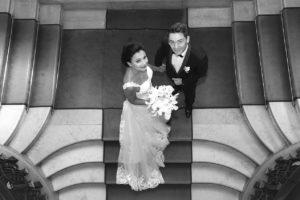 Photo de mariage des mariés à la Mairie