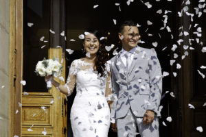 Photo de mariage : Sortie de la Mairie